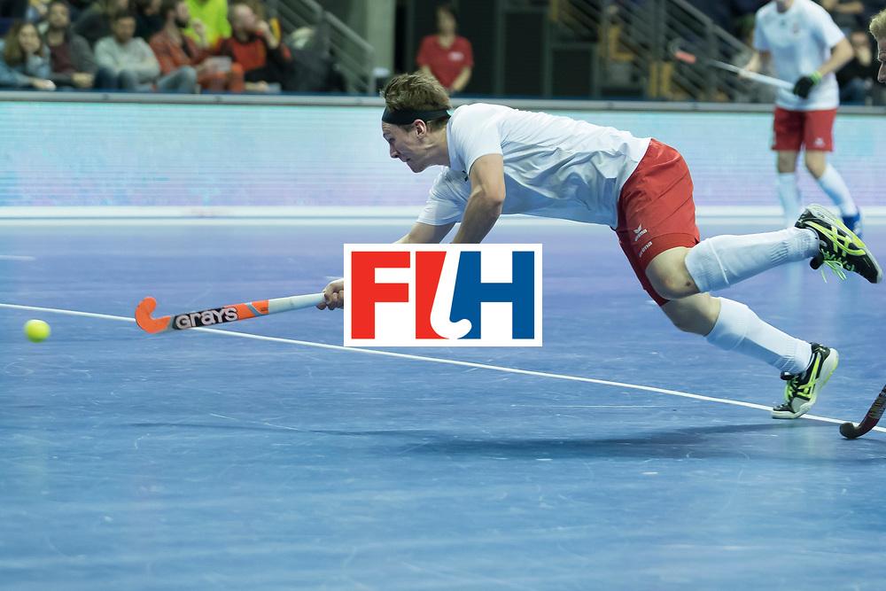 Hockey, Seizoen 2017-2018, 08-02-2018, Berlijn,  Max-Schmelling Halle, WK Zaalhockey 2018 MEN, Poland - Germany 3-6, flying goal WEIDE Philipp (POL).