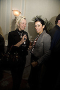 ELLEN VON UNWORTH AND SERENA REES, Tim Noble and Sue Webster: Sacrificial Heart. Gagosian . Davies St. London and afterwards Claridges. 11 December 2007. . -DO NOT ARCHIVE-© Copyright Photograph by Dafydd Jones. 248 Clapham Rd. London SW9 0PZ. Tel 0207 820 0771. www.dafjones.com.