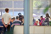 Nederland, the Netherlands, Nijmegen, 21-10-2015Kamp, tentenkamp Heumensoord, de tijdelijke noodopvang, azc, van het COA. Plaats voor 3000 asielzoekers. Op het kamp wordt nog gewerkt aan de infrastructuur voor elektra, afvoer en water. Ook wordt er een schooltje opgezet voor onderwijs aan de kinderen. FOTO: FLIP FRANSSEN