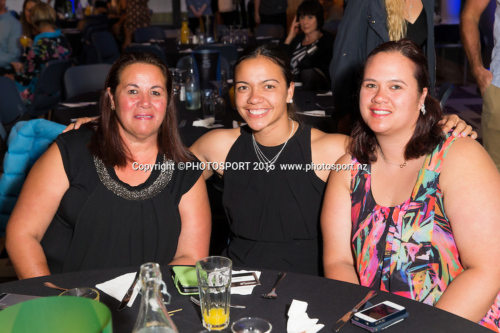 Raewyn, Stacey and Shannon Waaka at the High Performance Sport NZ Waikato ceremony for the Prime Minister's Scholarship Awards, at Sir Don Rowlands Centre, Lake Karapiro, Cambridge, New Zealand, 20 April 2016. Copyright Photo: Stephen Barker / www.photosport.nz