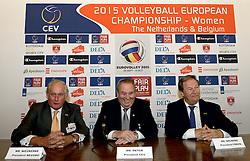 12-11-2014 BEL: Loting EK volleybal 2015 vrouwen, Antwerpen<br /> In het Antwerpse stadhuis werd door de Nederlandse-, Belgische volleybalbond en de CEV de loting voor het EK vrouwen verricht / Hans Nieukerke, Andre Meyer en Mr Bruninx