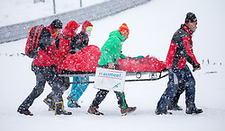 31.01.2016, Casino Arena, Seefeld, AUT, FIS Weltcup Nordische Kombination, Seefeld Triple, Skisprung, Wertungssprung, im Bild Jakob Lange (GER) wird nach seinem Sturz abtransportiert // Jakob Lange of Germany is carried out of the satdium after his crash during the Competition Jump of Skijumping of the FIS Nordic Combined World Cup Seefeld Triple at the Casino Arena in Seefeld, Austria on 2016/01/31. EXPA Pictures © 2016, PhotoCredit: EXPA/ Jakob Gruber