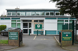 © Licensed to London News Pictures; 17/03/2020; Winterbourne, South Gloucestershire, UK. Coronavirus crisis 2020. Elm Park Primary School in Nicholls Lane is shut until next week for a deep clean after 50% of its teaching staff and 33% of its teaching assistants were forced to self-isolate after experiencing symptoms associated with coronavirus. The school has written to parents explaining that some staff had experienced high temperatures and a persistent cough and that the school could not obtain sufficient staff cover for classes. Photo credit: Simon Chapman/LNP.