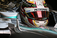 HAMILTON lewis (gbr) mercedes gp mgp w06 ambiance portrait during 2015 Formula 1 FIA world championship, Bahrain Grand Prix, at Sakhir from April 16 to 19th. Photo Clément Marin / DPPI