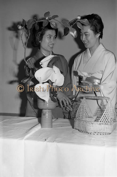 14/02/1964<br /> 02/14/1964<br /> 14 February 1964<br /> Japanese women arranging flowers at the Intercontinental Hotel, Dublin.