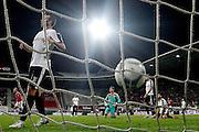 ALKMAAR - 27-08-15, Europa League,  2e voorronde,  AZ  - Astra GiurGiu, AFAS Stadion, 2-0, AZ speler Robert Muhren (l) scoort hier de 2-0, doelpunt.