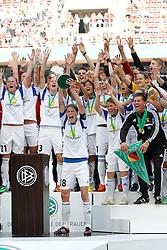 17.05.2014, Rhein-Energie Stadion, Koeln, GER, DFB Pokal, Frauen, 1. FFC Frankfurt vs SGS Essen, Finale, im Bild Kerstin Garefrekes (1. FFC Frankfurt #18) empfaengt den Pokal mit Trainer Colin Bell (1. FFC Frankfurt - rechts) // during the woman DFB Pokal final match between 1. FFC Frankfurt and SGS Essen at the Rhein-Energie Stadion in Koeln, Germany on 2014/05/17. EXPA Pictures © 2014, PhotoCredit: EXPA/ Eibner-Pressefoto/ Schueler<br /> <br /> *****ATTENTION - OUT of GER*****