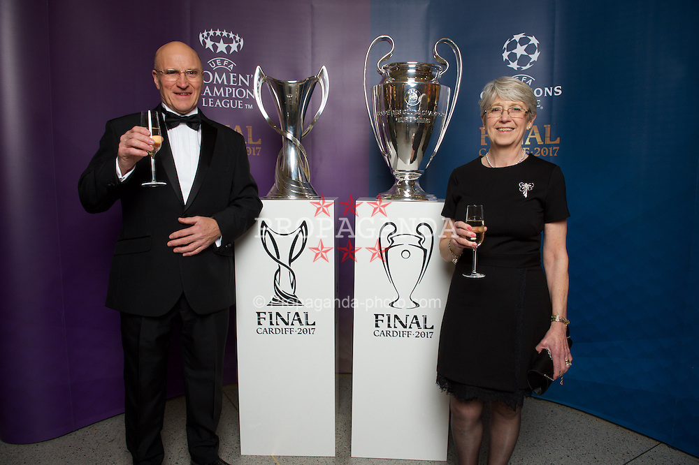 CARDIFF, WALES - Monday, December 5, 2016: Guests at the Wales Sport Awards 2016 pose with the UEFA Champions League Trophies before the ceremony at the Millennium Centre. Clive and Christine Sheridan. (Pic by Ian Cook/Propaganda)