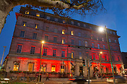 Hotel Meyrick  in eyre Sq. Galway goes Red for World Heart Day support Croi  Photo:Andrew Downes, xposure