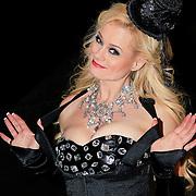 NLD/Hilversum/20130112 - 4e Liveshow Sterren Dansen op het IJs 2013, Monique Sluyter