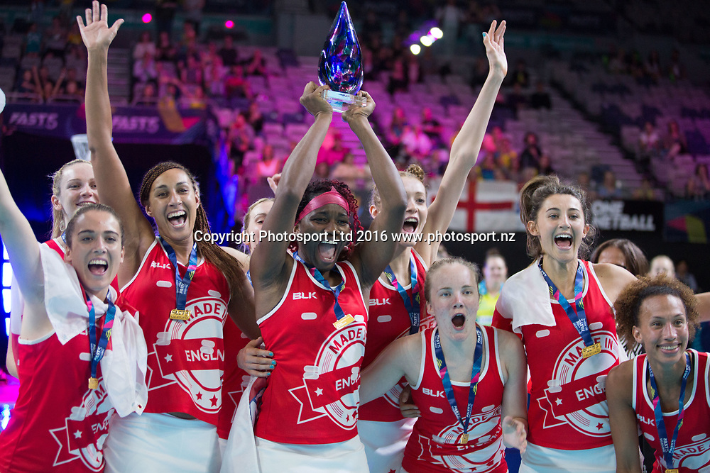 Victorious England team celebrate after winning the tournament with the trophy during the Fast5 Netball world series match between Jamaica and England at Hisense Arena Melbourne Australia. Saturday 29th October 2017. Copyright Photo. Brendon Ratnayake / www.photosport.nz
