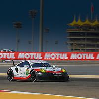 #92, Porsche Motorsport, Porsche 911 RSR (2017), driven by: Michael Christensen, Kevin Estre, WEC BAPCO 6 Hours of Bahrain, 17/11/2017,