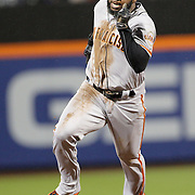 NEW YORK, NEW YORK - APRIL 29:  Denard Span #2 of the San Francisco Giants running to third base during the New York Mets Vs San Francisco Giants MLB regular season game at Citi Field on April 29, 2016 in New York City. (Photo by Tim Clayton/Corbis via Getty Images)