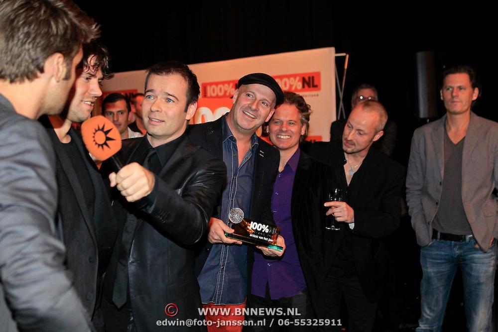 NLD/Hilversum/20130109 - Uitreiking 100% NL Awards 2012, Blof wint de Award 'Artiest van het Jaar'