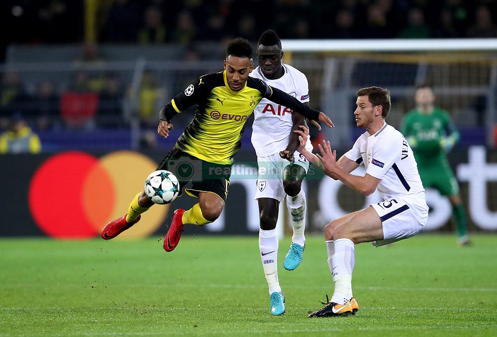 Borussia Dortmund's Pierre-Emerick Aubameyang (left) and Tottenham Hotspur's Davinson Sanchez (centre) and Tottenham Hotspur's Jan Vertonghen (right) battle for the ball