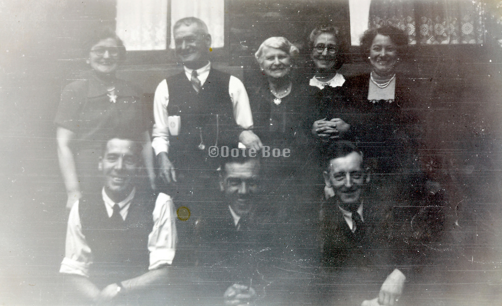 fading family group image 1951