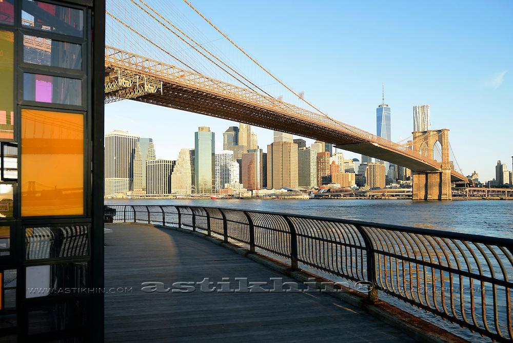 Skyline of Manhattan from Brooklyn Bridge Park.