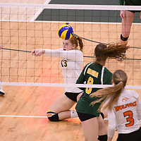 4th year libero  Taylor Ungar (13) of the Regina Cougars in action during Women's Volleyball home game on January 13 at Centre for Kinesiology, Health and Sport. Credit: Arthur Ward/Arthur Images 2018
