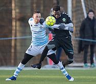 FODBOLD: Matheus Leiria (FC Helsingør) og Seejou King (AB) under træningskampen mellem FC Helsingør og AB den 19. januar 2019 på Snekkersten Idrætscenter. Foto: Claus Birch