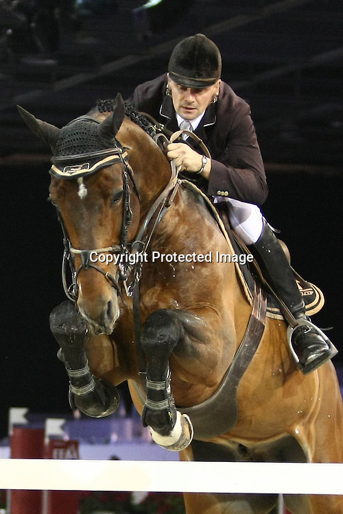 Equitation : Gucci Masters - 03.12.2010 - Prix Le Figaro CSI5 - Jerome Hurel (FRA/sur HOM de Ponthual) *** Local Caption *** 00042820