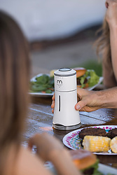 """August 3, 2017 - inconnu - A high-tech salt shaker is set to revolutionise dinner tables.The Bluetooth-enabled Smalt serves up salt manually or via an app.But it can talk to Amazon's Alexa home-help gadget, stream music and is equipped with colour-changing mood lighting.SMALT dispenses salt with a shake/pinch of your smartphone screen or simply turning the dial manually.The app also helps track your sodium intake for those trying to cut down.A spokesman for Californian company Herb & Body which is behind Smalt, said:"""" You can also dispense salt virtually with intuitive hand gestures.""""Simply shake your phone to shake out salt or pinch the screen of the smartphone to dispense a pinch of salt. """"There's also a function if you just want to judge the amount using your eyes.""""The company added:"""" Smalt is not just an amazing addition to your smart home.""""It's a fun way to shake up the night."""" More than just a centrepiece and more than just a salt dispenser, Smalt is a conversation starter and a great way to entertain guests. """"One in three Americans have high blood pressure and many more are at risk. """"Because of this, many have to control their salt consumption.""""Smalt offers an easy and fun way to monitor and control your consumption using smart tech. """"Whether it's a pinch or an exact, measured amount, the device can be an entertaining way to keep you on the right track towards a healthier heart.Smalt connects with Amazon Echo to provide users with voice interface.Users ask the Alexa voice interface on the Echo to dispense the desired amount of salt from Smalrt.Herb & Body is a lifestyle company committed to using smart technology to enhance lives. It says its aim is to develop smart home devices that aspire to make ordinary life more fun, easier, and healthier. The spokesman added:"""" Connected kitchen is the next wave of smart home tools and our company's ambition is to be at th"""