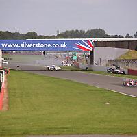 #7 Peugeot 908 HDi FAP (LMP1) impacts with #76 Porsche 997 GT3 RSR (GT2), Le Mans Series Silverstone 1000KM 2008