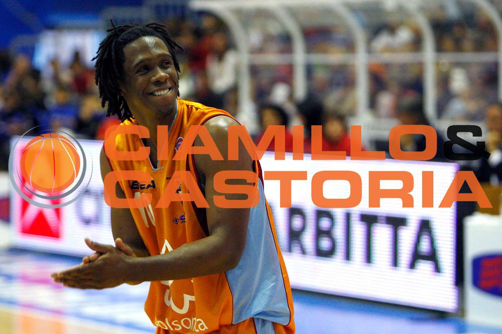 DESCRIZIONE : Capo Orlando Lega A1 2007-08 Pierrel Capo Orlando Salsonica Rieti<br /> GIOCATORE : Morris Finley<br /> SQUADRA : Pierrel Capo Orlando<br /> EVENTO : Campionato Lega A1 2007-2008 <br /> GARA : Pierrel Capo Orlando Salsonica Rieti<br /> DATA : 06/04/2008 <br /> CATEGORIA : Esultanza<br /> SPORT : Pallacanestro <br /> AUTORE : Agenzia Ciamillo-Castoria/J.Pappalardo<br /> Galleria : Lega Basket A1 2007-2008<br /> Fotonotizia : Capo Orlando Lega A1 2007-08 Pierrel Capo Orlando Salsonica Rieti<br /> Predefinita :
