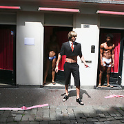 NLD/Amsterdam/20090619 - Bruno opend het ' Pink Light District '  in Amsterdam