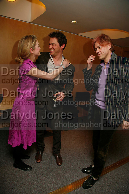 KATE PAKENHAM, DOMINIC WEST AND SIR BOB GELDOF ,. After-drinks JOSEPHINE HART Poetry Hour. British Library. Euston Rd. London. 22 March 2006. ONE TIME USE ONLY - DO NOT ARCHIVE  © Copyright Photograph by Dafydd Jones 66 Stockwell Park Rd. London SW9 0DA Tel 020 7733 0108 www.dafjones.com