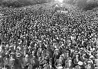 H449<br />
