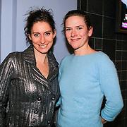 NLD/Haarlem/20130131 - Inloop Premiere Terug naar de Kust, Pia Douwes en ?..