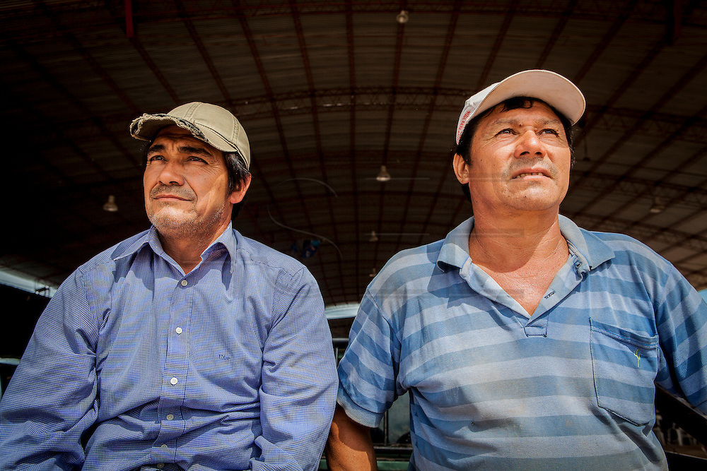 2014/11/25 – Monte Quemado, Argentina: Farmers and activists of  the National Movement of Indigenous Farmers (MOCASE), the cousins Ricardo Cuellar, 47, (left) and Sério Cueller, 48, (right) are in Monte Quemado to demontrate during the trial on the assassination of Cristian Ferreyra. Cristian Ferreyra was assassinated on the 16th of November 2011. Businessman Jorge Ciccioli, accused of being the mastermind of the assassination was at the end absolved of any crime, while his keeper, Javier Juárez, who pressed the trigger was sentanced to 10 years in prison. (Eduardo Leal)