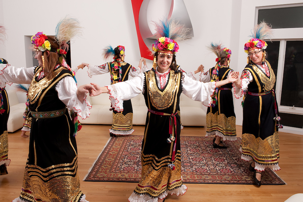 Orfiea, traditional Bulgarian dance