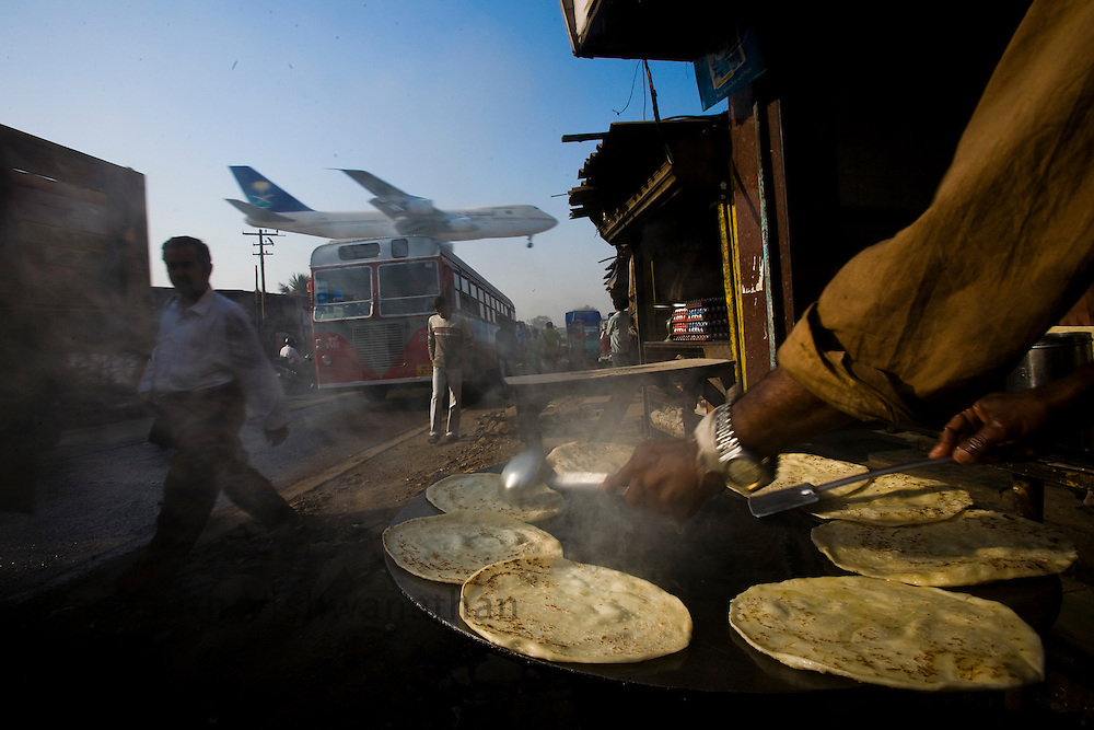 A street scene besides the International airport in Mumbai, India, on Tuesday, Feb. 26, 2008.