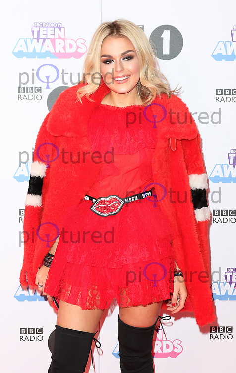 Tallia Storm, Radio 1 Teen Awards, SSE Arena Wembley, London UK, 22 October 2017, Photo by Richard Goldschmidt