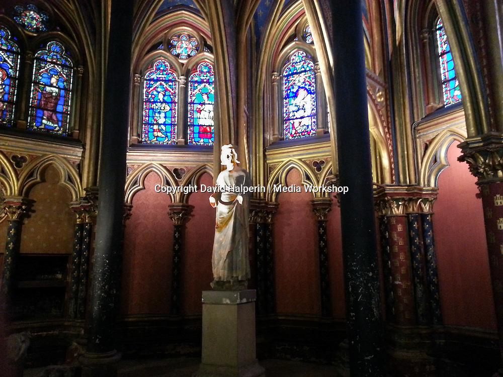 Saint Louis (Louis IX) statue, Sainte-Chapelle lower level