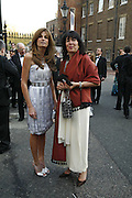 Jemima Khan and Christianne Amanpour, Ark Gala Dinner, Marlborough House, London. 5 May 2006. ONE TIME USE ONLY - DO NOT ARCHIVE  © Copyright Photograph by Dafydd Jones 66 Stockwell Park Rd. London SW9 0DA Tel 020 7733 0108 www.dafjones.com