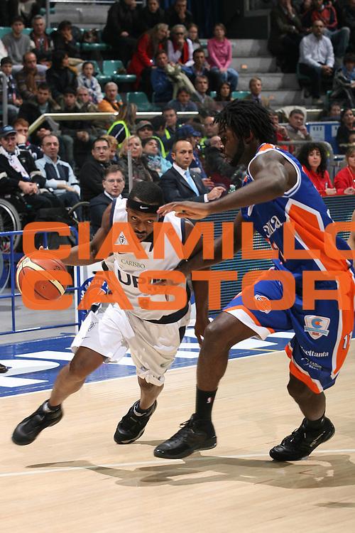 DESCRIZIONE : Bologna Lega A1 2007-08 Upim Fortitudo Bologna Tisettanta Cantu<br /> GIOCATORE : Horace Jenkins<br /> SQUADRA : Upim Fortitudo Bologna<br /> EVENTO : Campionato Lega A1 2007-2008 <br /> GARA : Upim Fortitudo Bologna Tisettanta Cantu<br /> DATA : 08/12/2007 <br /> CATEGORIA : Penetrazione<br /> SPORT : Pallacanestro <br /> AUTORE : Agenzia Ciamillo-Castoria/M.Marchi