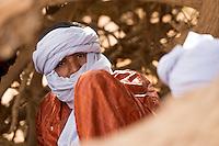 Tuareg Nomade in der algerischen Sahara