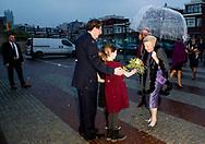 SCHEVENINGEN - Prinses Beatrix opent in Museum Beelden aan Zee de tentoonstelling Utopia van Andre Volten. robin utrecht