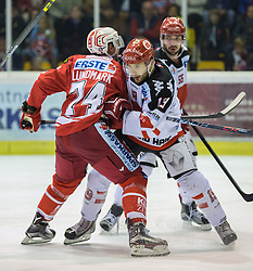 02.10.2015, Stadthalle, Klagenfurt, AUT, EBEL, EC KAC vs HC TWK Innsbruck Die Haie, im Bild Jamie Lundmark (EC KAC, #74), Tyler Spurgeon (HC TWK Innsbruck Die Haie #19), Nick Schaus (HC TWK Innsbruck Die Haie #55)// during the Erste Bank Eishockey League match betweeen EC KAC and HC TWK Innsbruck Die Haie at the City Hall in Klagenfurt, Austria on 2015/190/02. EXPA Pictures © 2015, PhotoCredit: EXPA/ Gert Steinthaler