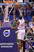 DESCRIZIONE : Milano Coppa Italia Final Eight 2013 Finale Cimberio Varese Montepaschi Siena<br /> GIOCATORE : Bryant Dunston<br /> CATEGORIA : rimbalzo<br /> SQUADRA : Cimberio Varese<br /> EVENTO : Beko Coppa Italia Final Eight 2013<br /> GARA : Cimberio Varese Montepaschi Siena<br /> DATA : 10/02/2013<br /> SPORT : Pallacanestro<br /> AUTORE : Agenzia Ciamillo-Castoria/GiulioCiamillo<br /> Galleria : Lega Basket Final Eight Coppa Italia 2013<br /> Fotonotizia : Milano Coppa Italia Final Eight 2013 Finale Cimberio Varese Montepaschi Siena<br /> Predefinita :