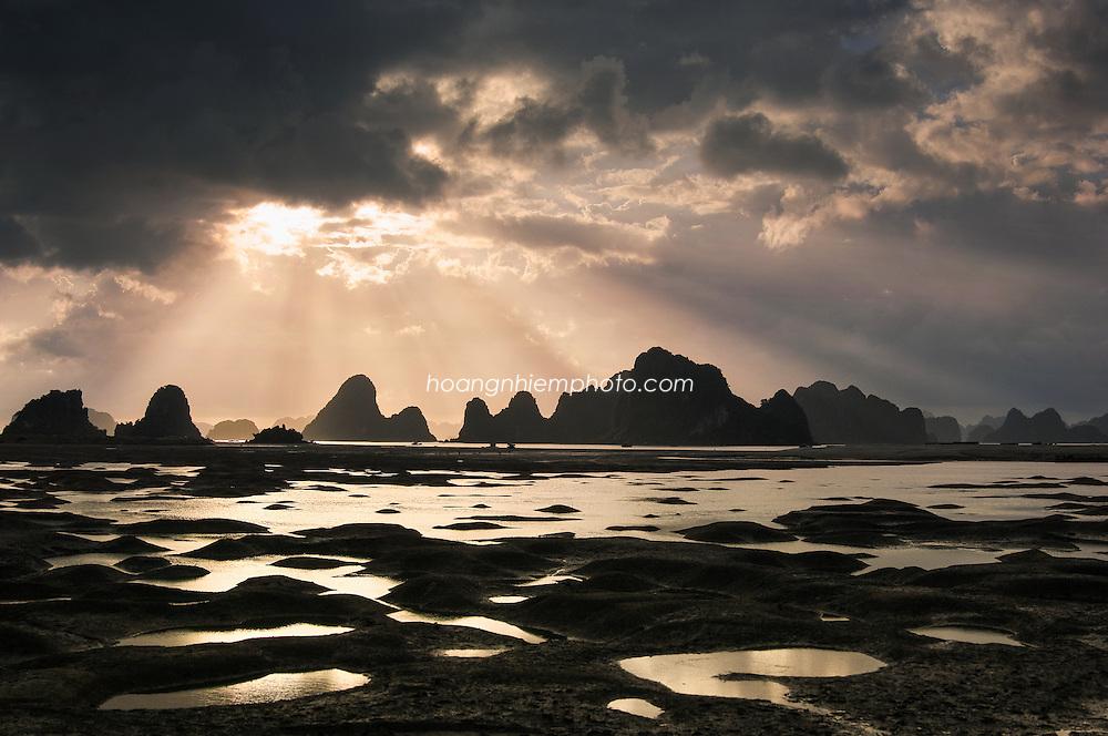 Vietnam Images-HaLong bay-UNESCO heritage