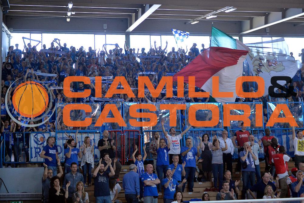 tifosi brescia<br /> Vanoli Cremona - Germani Basket Brescia Leonessa<br /> Lega Basket Serie A 2016/2017<br /> Cremona, 09/04/2017<br /> Foto M.Ceretti / Ciamillo - Castoria