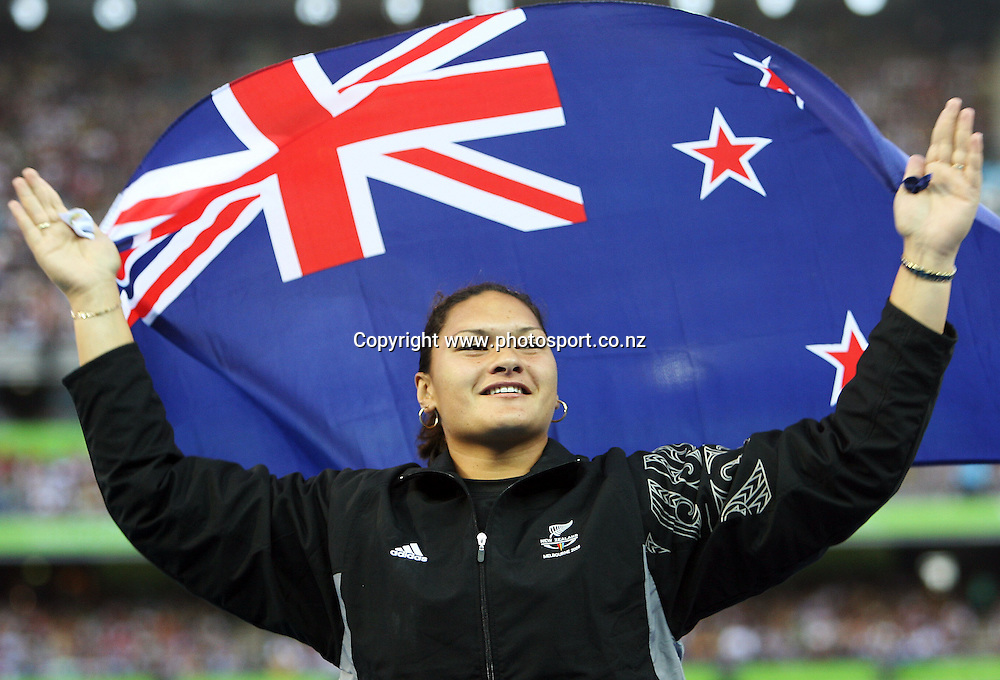 New Zealand shot put athlete Valerie Vili (NZL)celebrates after receiving her gold medal on Day 8 of the XVIII Commonwealth Games at the MCG, Melbourne, Australia on Thursday 23 March, 2006. Photo: PHOTOSPORT