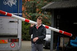 Smolders Harrie (NED) <br /> Reportage Stal Verlooy - Grobbendonk 2009<br /> © Dirk Caremans