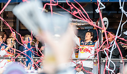 15.04.2016, Kapitelplatz, Salzburg, AUT, EBEL, Meisterfeier EC Red Bull Salzburg, im Bild Matthias Trattnig (EC Red Bull Salzburg) mit dem OEHV Pokal // Matthias Trattnig (EC Red Bull Salzburg) during the Erste Bank Icehockey Liga Championships Party of EC Red Bull Salzburg at the Kapitelplatz in Salzburg, Austria on 2016/04/15. EXPA Pictures © 2016, PhotoCredit: EXPA/ JFK