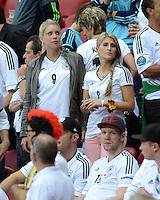 FUSSBALL  EUROPAMEISTERSCHAFT 2012   HALBFINALE Deutschland - Italien              28.06.2012 Sabrina Schuerrle (Schwester von Andre Schuerrle) und Sandra Schoenig (re, Freundin Andre Schuerrle) auf der VIP Tribuene