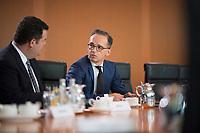DEU, Deutschland, Germany, Berlin, 21.08.2019: Bundesarbeitsminister Hubertus Heil (SPD) und Bundesaussenminister Heiko Maas (SPD) vor Beginn der 64. Kabinettsitzung im Bundeskanzleramt.