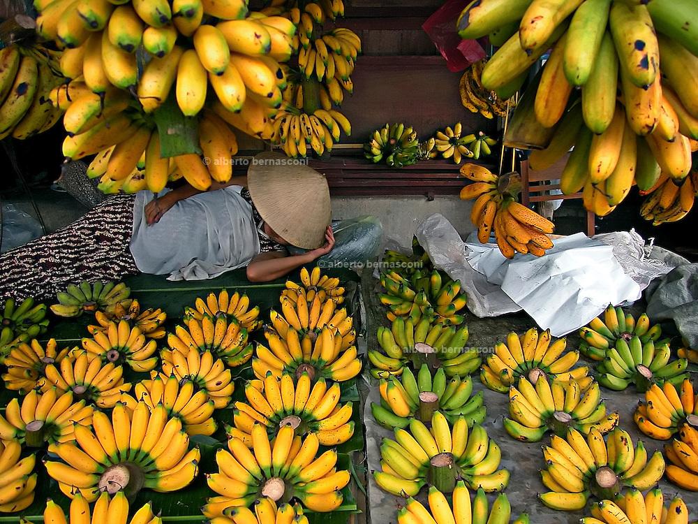 Vietnam, Hoi An:market.